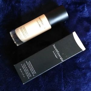 Bare Minerals BarePro Performance Wear Foundation